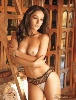 Female strippers completely naked