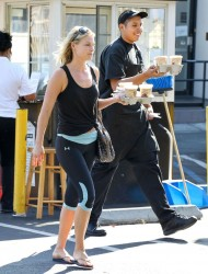 Ali Larter In Spandex Getting Coffee In West Hollywood October 10, 2012 HQ x 14