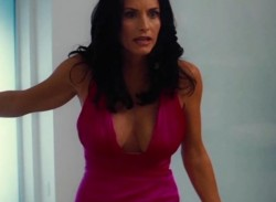 Courteney Cox 'The Longes Yard' Cleavage x 19