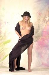 http://thumbnails106.imagebam.com/22444/d477ba224436717.jpg