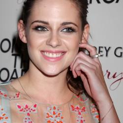 Kristen Stewart - Imagenes/Videos de Paparazzi / Estudio/ Eventos etc. - Página 31 0eef83225851544