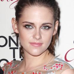 Kristen Stewart - Imagenes/Videos de Paparazzi / Estudio/ Eventos etc. - Página 31 510596225857093