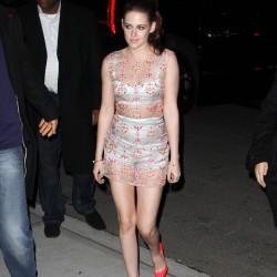Kristen Stewart - Imagenes/Videos de Paparazzi / Estudio/ Eventos etc. - Página 31 04d889225863540