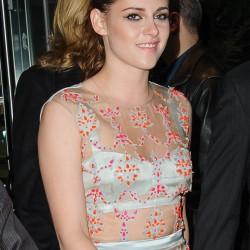 Kristen Stewart - Imagenes/Videos de Paparazzi / Estudio/ Eventos etc. - Página 31 5bd45c225864743