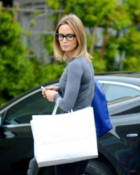 Emily Blunt - booty shots out in Santa Monica  // December 12, 2012 - MQ