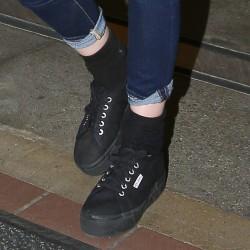 Kristen Stewart - Imagenes/Videos de Paparazzi / Estudio/ Eventos etc. - Página 31 94dc4e229009946