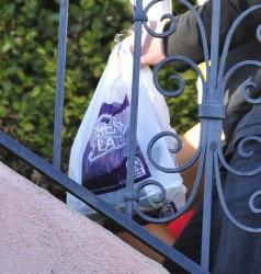 67ee6e230122387 Courtney Stodden ~ Outside her home / Hollywood Hills, Jan 2 '13 candids