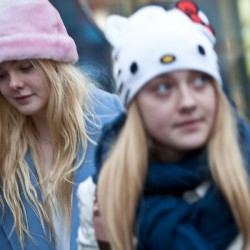 Dakota Fanning / Michael Sheen - Imagenes/Videos de Paparazzi / Estudio/ Eventos etc. - Página 6 748452230665841