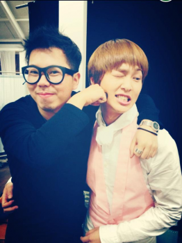 [Trad/Pic] Onew mencionado em post no facebook de Hyosup Bcaa15230960627