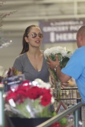 Minka Kelly - shopping for groceries in LA 1/14/13