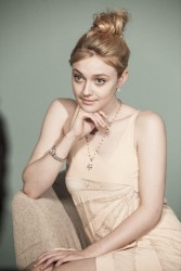 Dakota Fanning - BTS J.Estina Photoshoot (2x)