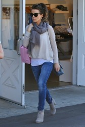 Kate Beckinsale - out shopping in Brentwood 1/31/13
