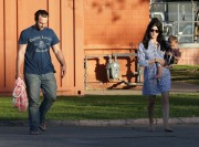 40559c235657837 Selma Blair takes her son Arthur to a park in Los Angeles (Feb 3)   45 HQ candids
