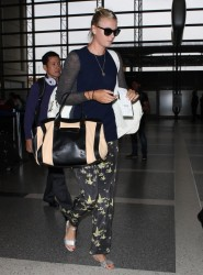 Maria Sharapova - at LAX Airport 2/7/13