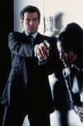 Джеймс Бонд 007: Завтра не умрёт никогда / Tomorrow Never Dies (Пирс Броснан, 1997) 7b512f238889379