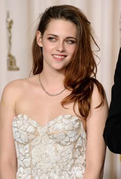 Kristen Stewart - Imagenes/Videos de Paparazzi / Estudio/ Eventos etc. - Página 31 1fbb54239149191
