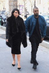 Kim Kardashian - Taking a walk in Paris 3/4/13