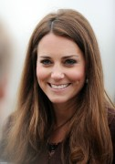 Kate Middleton, looking flawless visiting Havelock Academy in Grimsby - 5/Mar/13