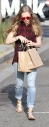 Amanda Seyfried - leaves the salon in West Hollywood 3/29/13