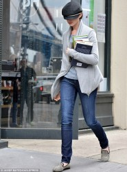 Anne Hathaway - out in NY 4/1/13