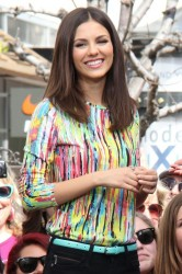 Victoria Justice & Maria Menounos - on the set of Extra in LA 4/3/13