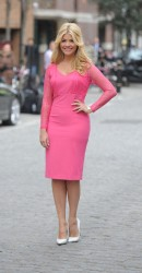 Holly Willoughby - Very.co.uk Spring/Summer 2013 Collection in London 9th April x43