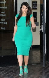 Kim Kardashian - Visiting her doctors office in Beverly Hills 4/17/13