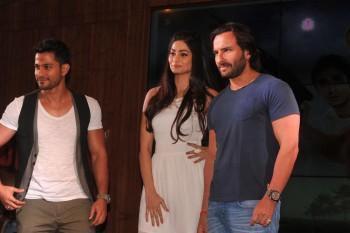 Puja Gupta at the music launch of film GO GOA GONE in Mumbai X 5