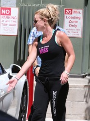 Britney Spears - Leaving the gym in Santa Monica 4/25/13