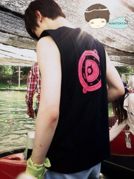 [PICS] 130427 NU'EST - Camping na Tailândia 1d760c252006198