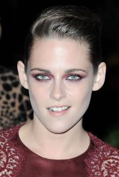 Kristen Stewart - Imagenes/Videos de Paparazzi / Estudio/ Eventos etc. - Página 31 E7bb59253088318