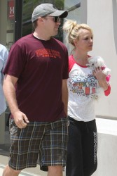 Britney Spears - Shopping in LA 5/16/13