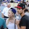 Taylor Lautner - Imagenes/Videos de Paparazzi / Estudio/ Eventos etc. - Página 38 741bbb256336495