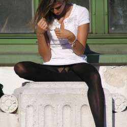 candid pantyhose photos