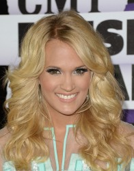 Carrie Underwood - 2013 CMT Music Awards in Nashville 6/5/13