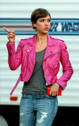 Jessica Alba - on the set of 'Dear Eleanor' in Boulder 6/6/13