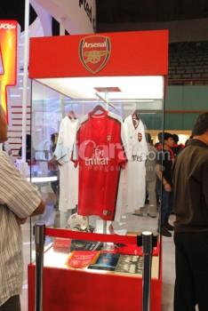 Kostum Arsenal dipamerkan di ICS 2013