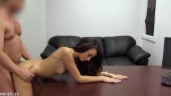 Teen timida su primer casting sobre el sillon