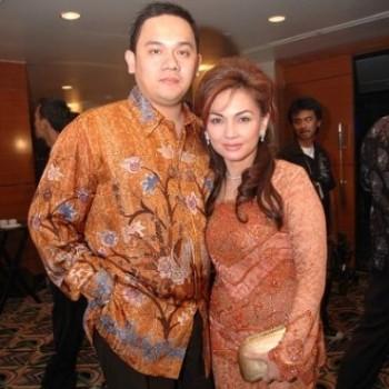 Farhat Abbas dan istri / Tribunnews