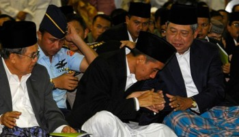Jokowi, Jusuf Kalla, dan SBY / Tempo
