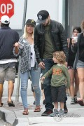 Christina Aguilera - In Venice with Matt and Max 8/11/13