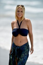 4ee5a8270454709 [Ultra HQ] Carrie Keagan   at a photoshoot in LA 8/13/13 high resolution candids