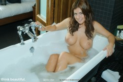 http://thumbnails106.imagebam.com/27146/0ee372271453577.jpg