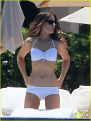 Kate Beckinsale wearing a bikini in Cabo San Lucas 8/22/13