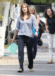 Jennifer Garner -  on the set of 'Alexander and the Terrible, Horrible, No Good, Very Bad Day' in Pasadena 8/26/13