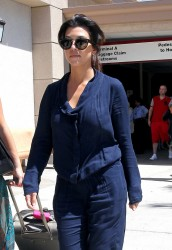 Kourtney Kardashian - At Bob Hope Airport in Burbank 9/1/13
