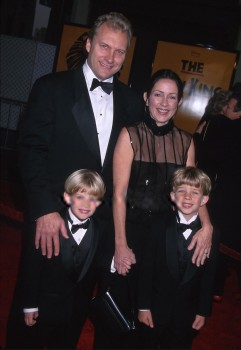 PATRICIA HEATON sheer - Lion King opening - oct 19, 2000