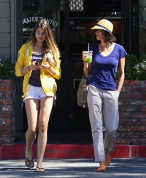 Teri Hatcher - out in LA 9/4/13