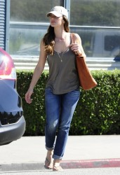 Minka Kelly - out in LA 9/5/13