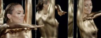 Nipple slip pic